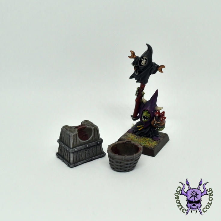 Headsman block and basket (Tiny Terrain) (2)